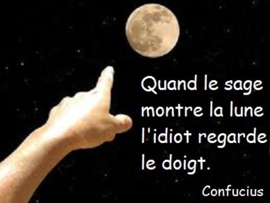 Quand le sage montre la lune...